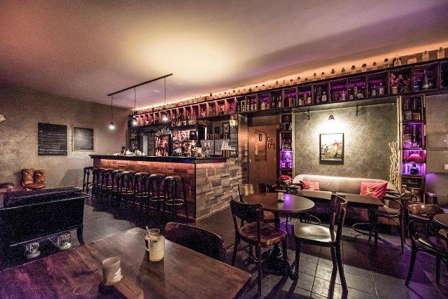 Bar, Los Santos, Darmstadt