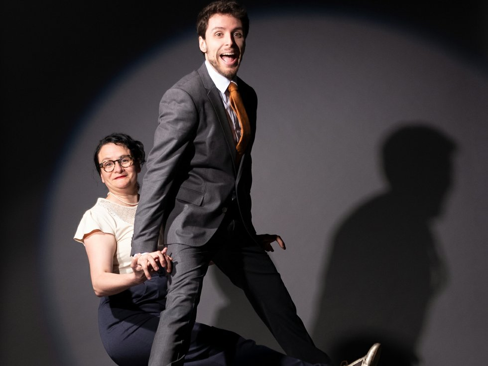 Let's swing – fast and fancy feet!