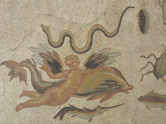 Mosaikboden, Bad Vilbel, Ende 2./Anf. 3. Jh. nach Chr., Ausschnitt Eros mit Delphin
