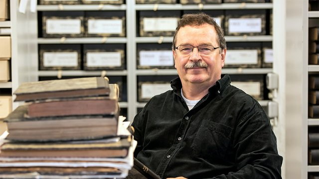 Dr. Peter Engels