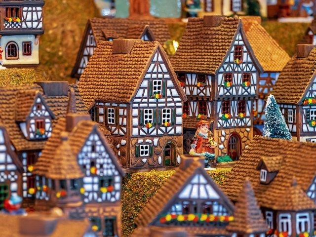 24 geschmückte Häuser