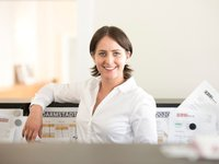 Josephine Adler: Socialmedia-Managerin & Marketing- und Kommunikationskauffrau