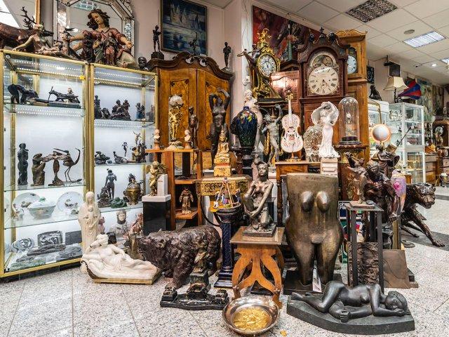 skulpturen-antik-galerie.jpg