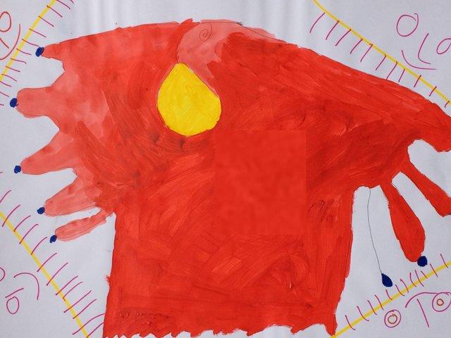 Rote Form mit 4 Sonnen_Gelsomina.JPG