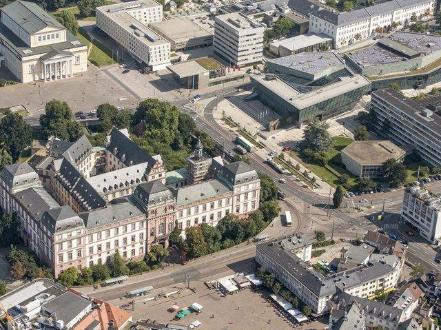 Luft 01 Schloss_Heiss_25.7.2012_F2C1510_20 (1).jpg