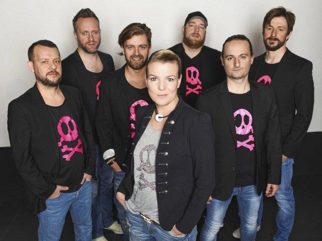 Mirja Boes und Crew
