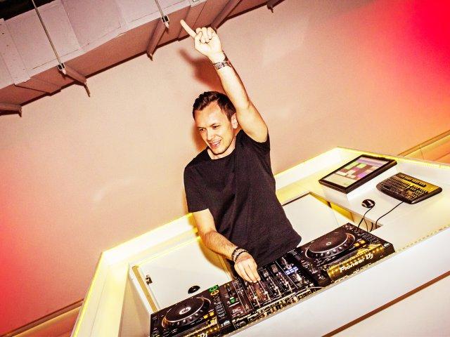 Nachtcafé DJ Madd Dee