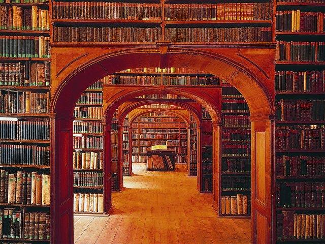 10_17_bibliothek.jpg
