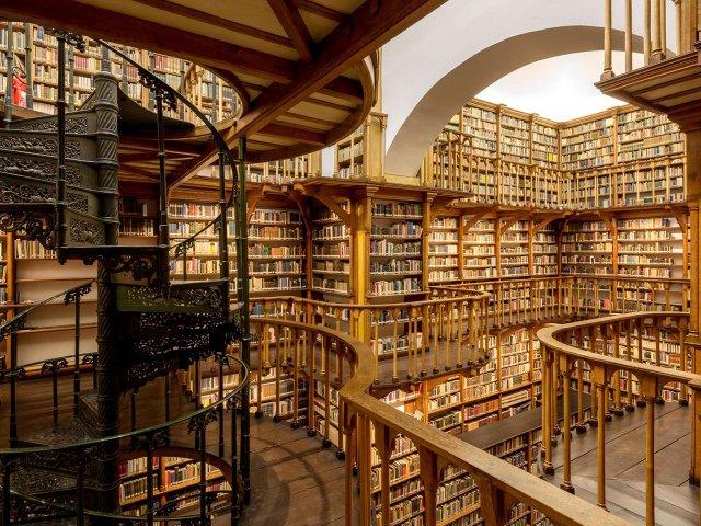 10_17_bibliothek_2.jpg
