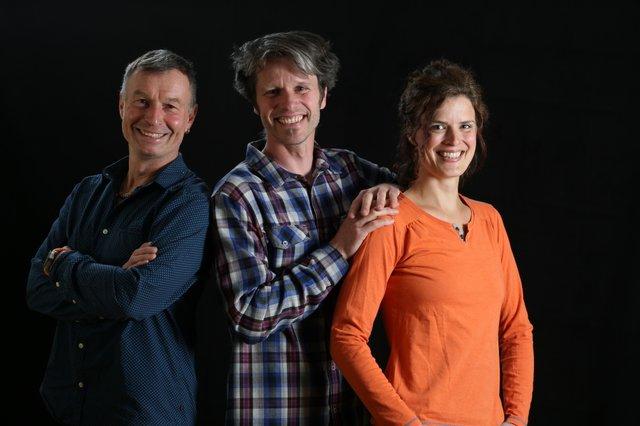 Jens & Jana Steingässer mit Dieter Gologowski (li)