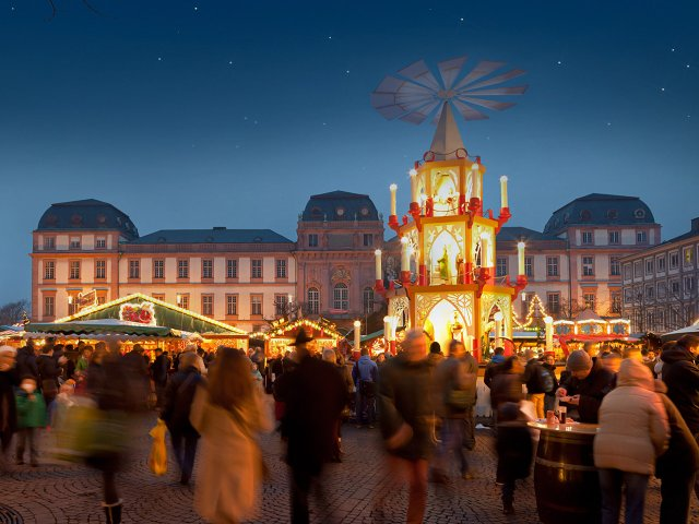 12_17_weihnachtsmarkt.jpg