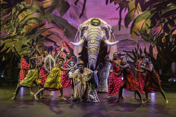 Dumbo in der Afrika! Afrika! Show