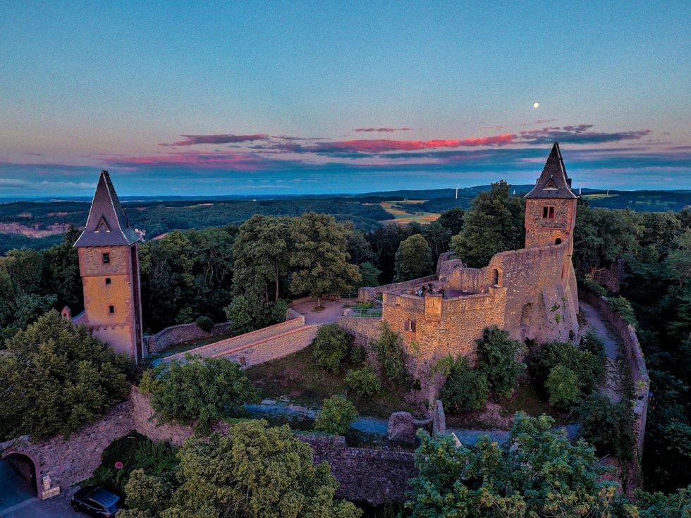 Für lau auf die Burg - FRIZZ - Das Stadt- und ...  Für lau auf di...