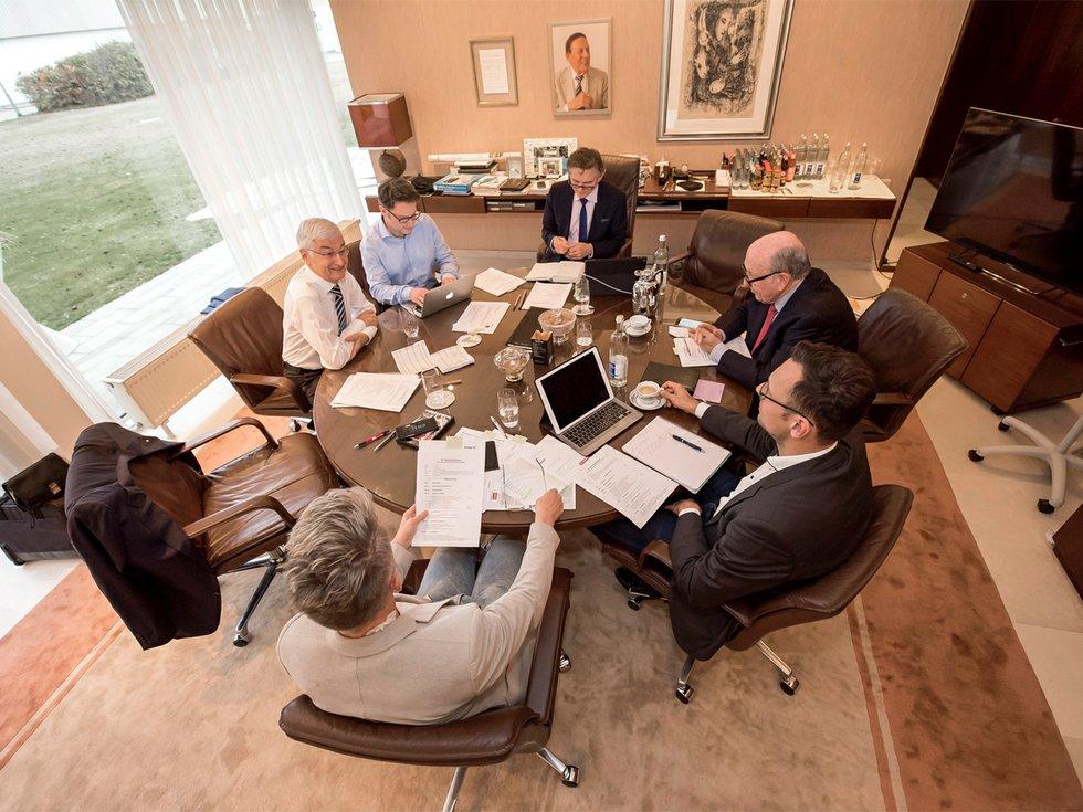 Der Stiftungsvorstand: Dr. Peter Götz, Karl G. Dotter (Vorsitzende), Dr. Jürgen Frei (stellv. Vorsitzender), Thomas Grohe.