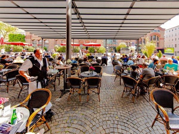 Außenterrasse  Café K & K